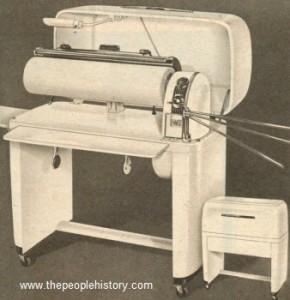 1950ironingmachine (1)